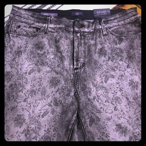 Not Your Daughter's Jeans NWT